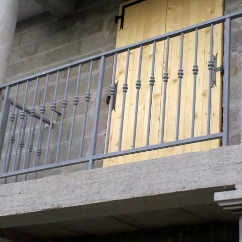 Balcon métal manchon fonte