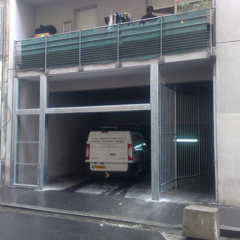 Porte automatique immeuble