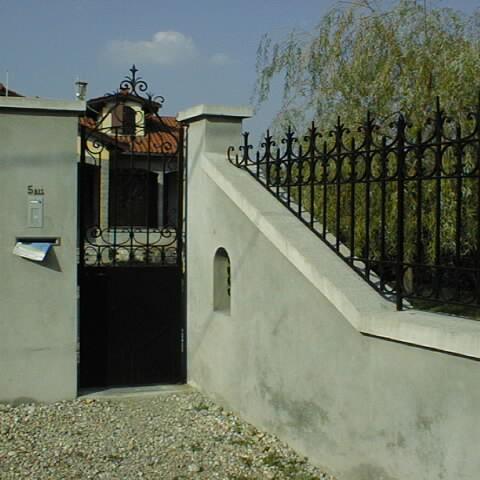 Portillon métal et clôture